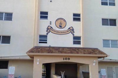 109 Paradise Harbour Boulevard #110 1