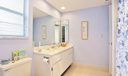09_master-bathroom_4723 Rainbow Drive