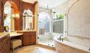 13_master-bathroom_221 Thornton Drive