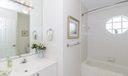 17_bathroom_290 Canterbury Dr East
