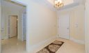11_foyer_701 S Olive Avenue #928_Two Cit