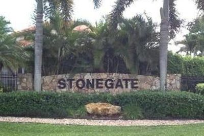 2428 Stonegate Drive 1