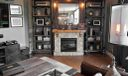 Familyroom.Fireplace