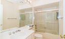 11_master-bathroom_533 Club Drive_Club C