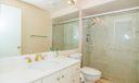 13_bathroom_533 Club Drive_Club Cottages