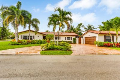 402 NW 9th Street 1