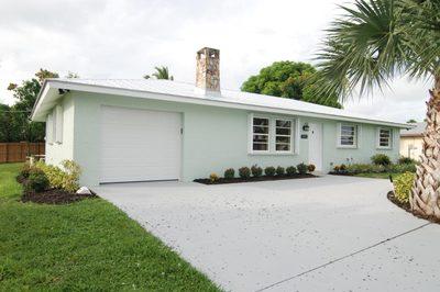 5211 SE Nassau Terrace 1