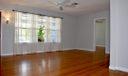 livingroom_master_door
