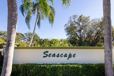 5240 SE Seascape Way #201 1