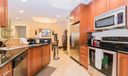 06_kitchen_701 S Olive Avenue 907_Two Ci