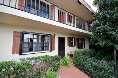 4105 Oak Terrace Drive 1