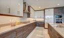 Expansive counter space
