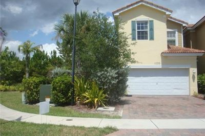 1035 Pipers Cay Drive 1
