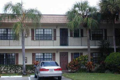 4325 Oak Terrace Drive 1