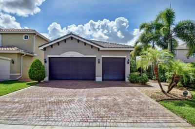 8320 Emerald Winds Circle 1