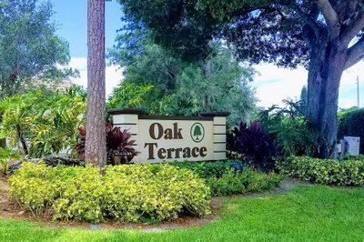 4233 Oak Terrace Drive 1