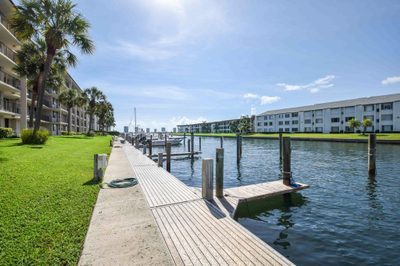 108 Paradise Harbour Boulevard #504 1