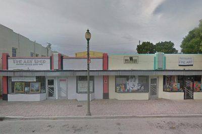 709 Lucerne Avenue 1