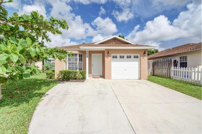 5669 Boynton Cove Way 1
