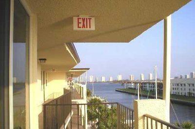 108 Paradise Harbour Boulevard #509 1