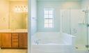 11_master-bathroom_1150 Key Largo Street