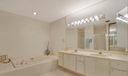 Master Bath w. Soak Tub & walk in shower