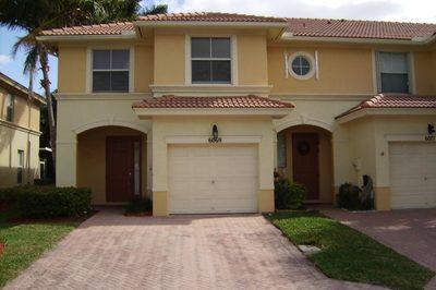 6069 Seminole Gardens Circle 1