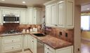 518 Iris Cir kitchen