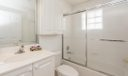 15_bathroom_501 Muirfield Court 501 D_In