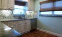 601 Hummingbird Kitchen11