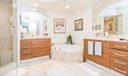 13_master-bathroom_3630 Gardens Parkway