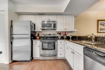 508 Brackenwood Place 1