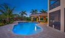 Rialto Pool Home Jupiter 121 Umbrella 8