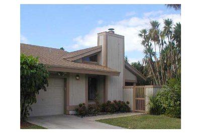 7614 W Sierra Terrace W 1