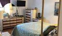 4686 oak terrace master bedroom