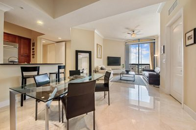 701 S Olive Avenue #2117 1