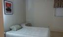 425 Guest room