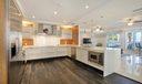 10 Kitchen 013
