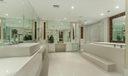17 Master Bath 020