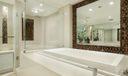 19 Master Bath 022