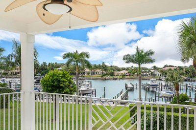 424 Bay Colony Drive N #with Boat Slip 1