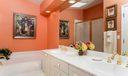 021-photo-master-bathroom-6577376
