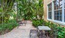 028-photo-patio-6577343