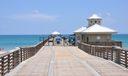 Beautiful Juno Beach Pier!