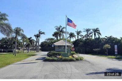 1127 E Seminole Avenue #3c 1