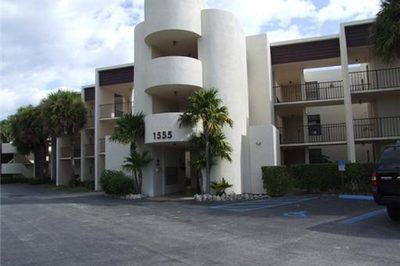 1555 S Federal Highway #305 1
