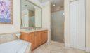 Master Bath w Separate Shower