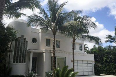 216 Colonial Lane 1