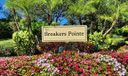 Breakers Pointe Entrance sign