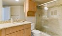 05-2_Master-bathroom_11037 Legacy Blvd #